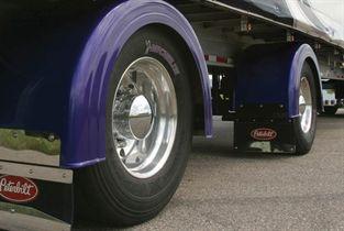 Trailer-tires-3